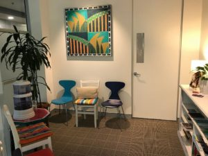 Counselling near you if you live in or near Manly, Dee Why, Allambie Heights, Cromer and more. Picture illustrates waiting room to Northern Beaches Psychotherapy and Counselling.